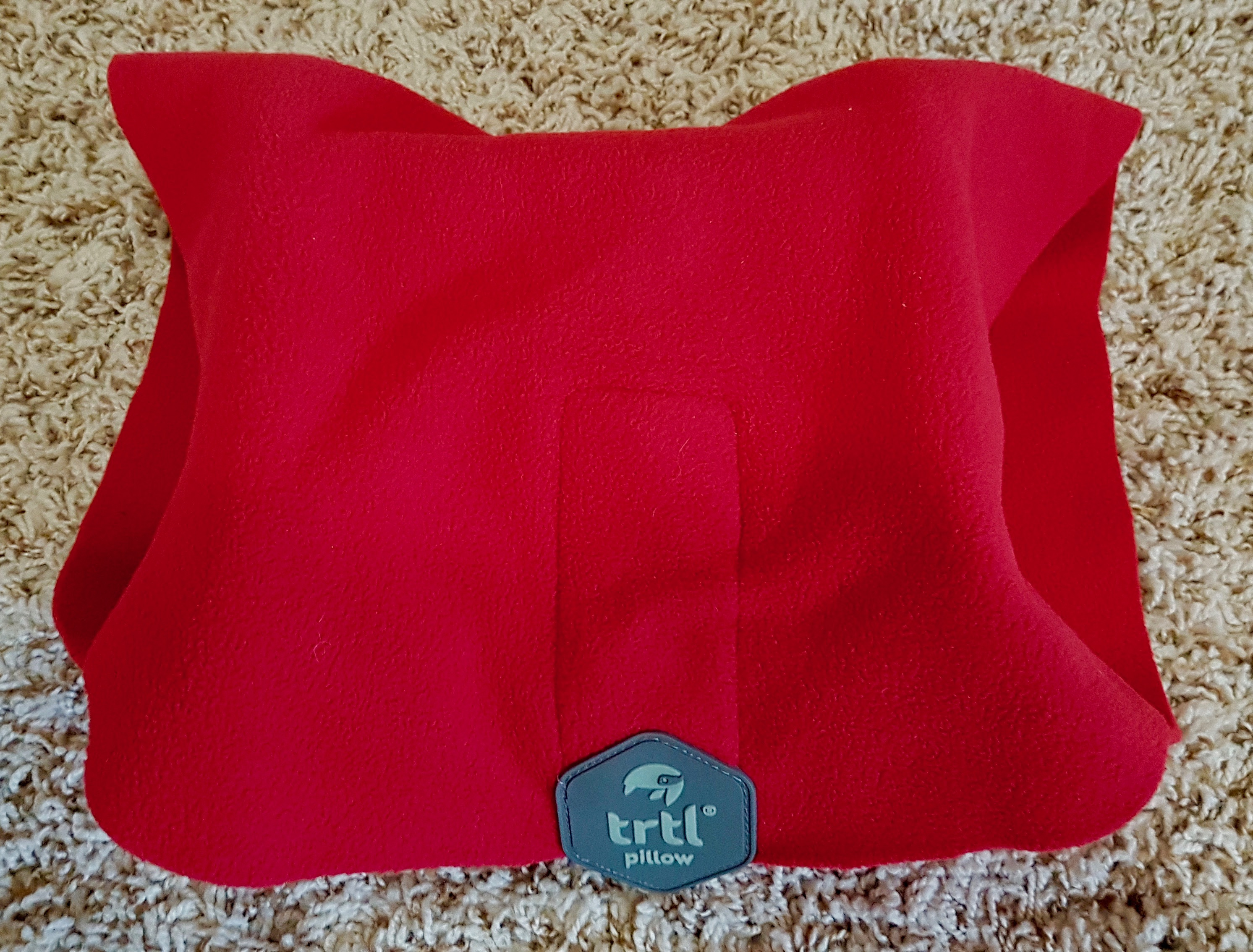Trtl Pillow Review: an ultralight, comfy, and genius travel pillow. Finally!